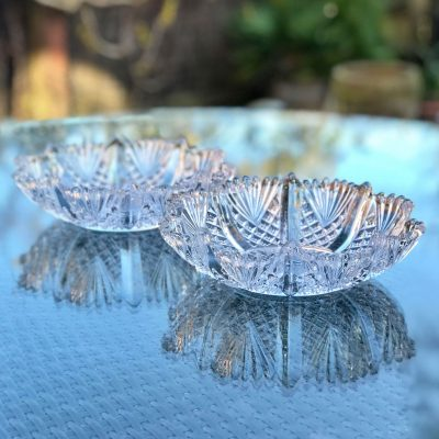 Wickstead's-Home-&-Living-Antique-Pressed-Snowflake-Flower-Glass-Dishes-Bowls-(3)
