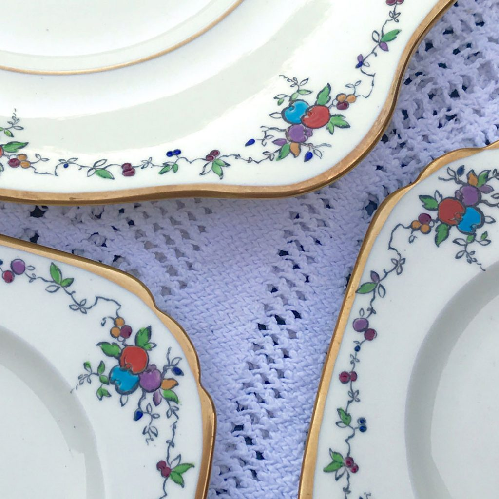 Wickstead's–Home-&-Living–Art-Deco-English-Tuscan-Hand-Painted-Plates-(9)