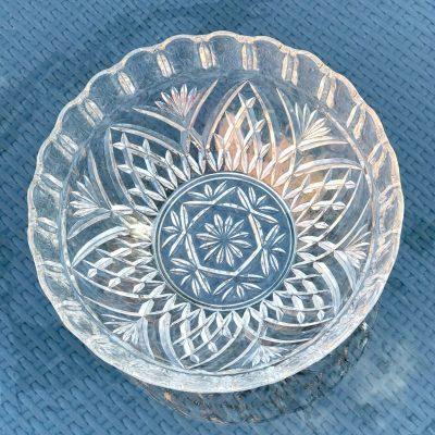 Wickstead's-Home-&-Living-Large-Deep-Fruit-Bowl-Pressed–Glass-Dishes-(4)