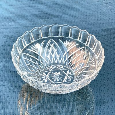 Wickstead's-Home-&-Living-Large-Deep-Fruit-Bowl-Pressed–Glass-Dishes-(5)