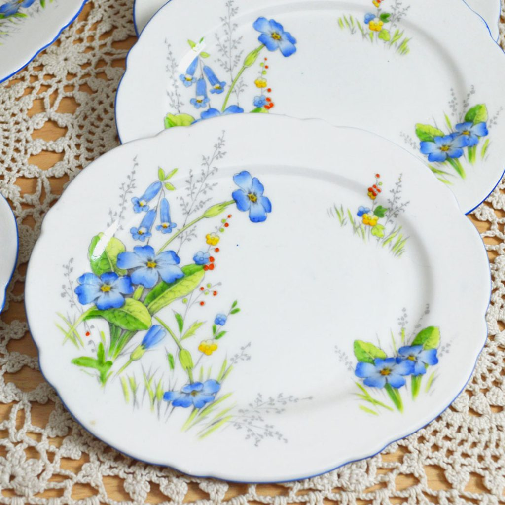Wickstead's–Home-&-Living–Paragon-Blue-Primerose-Plates-(5)
