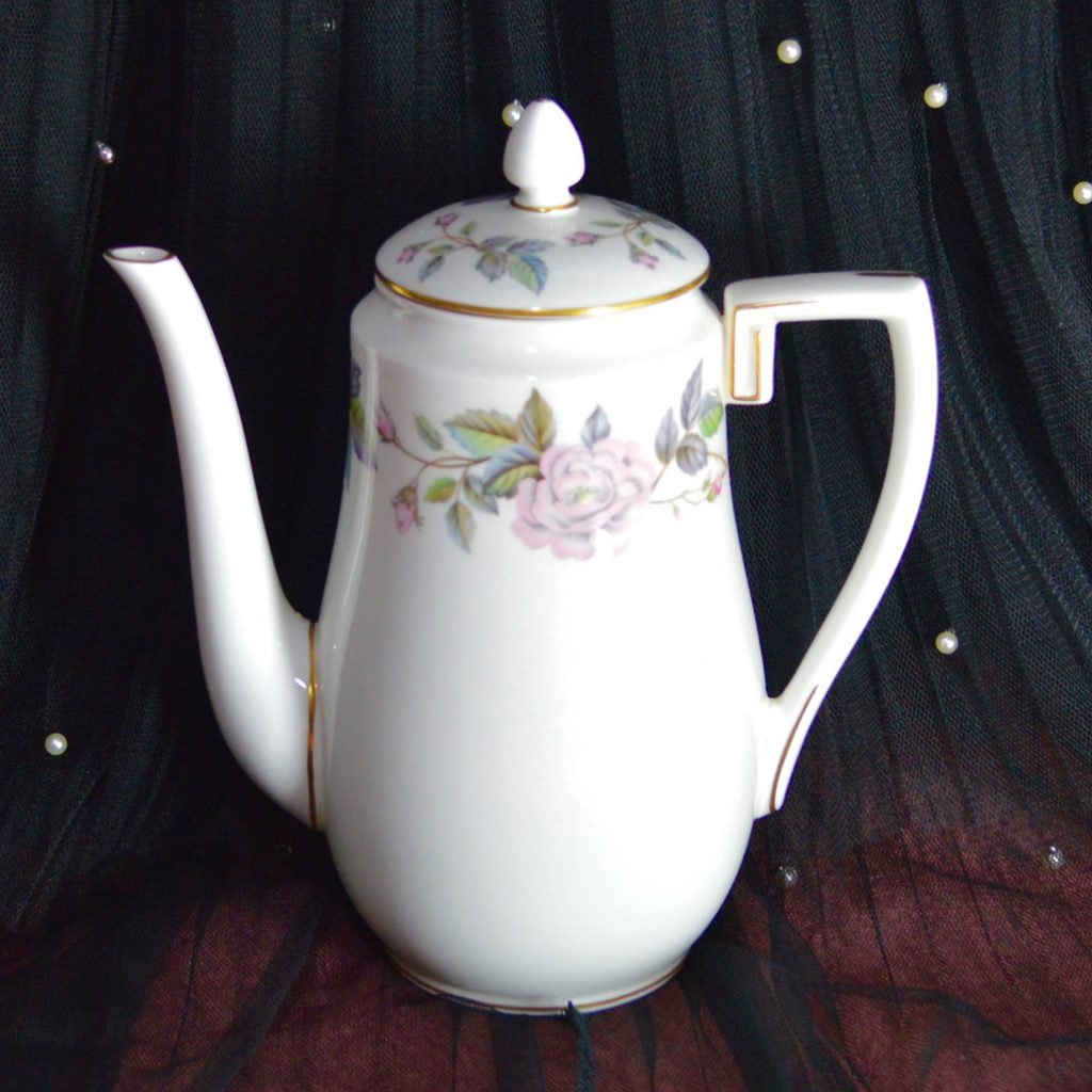 Wickstead's–Home-&-Living–Royal-Worchester-June-Garland-Coffee-Pot-(1)