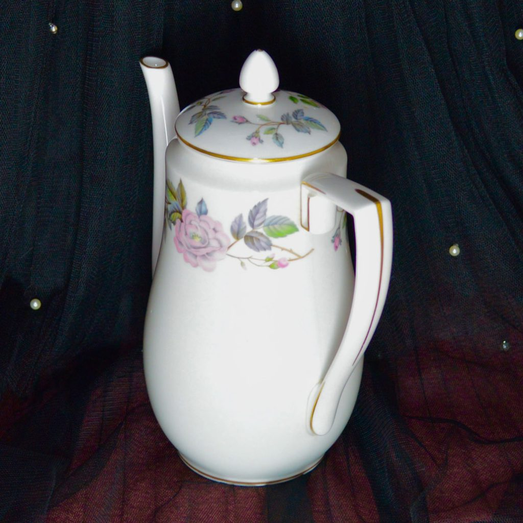 Wickstead's–Home-&-Living–Royal-Worchester-June-Garland-Coffee-Pot-(2)