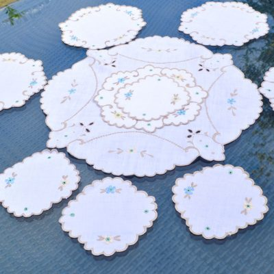 Wickstead's-Home-&-Living-Set-of-Linen-Embroidery-Table-Mats-(2)
