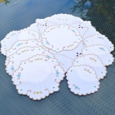 Wickstead's-Home-&-Living-Set-of-Linen-Embroidery-Table-Mats-(4)