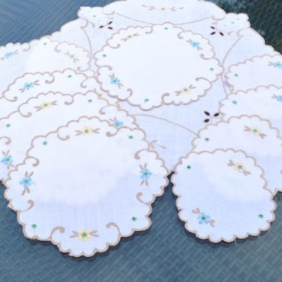 Wickstead's-Home-&-Living-Set-of-Linen-Embroidery-Table-Mats-(5)