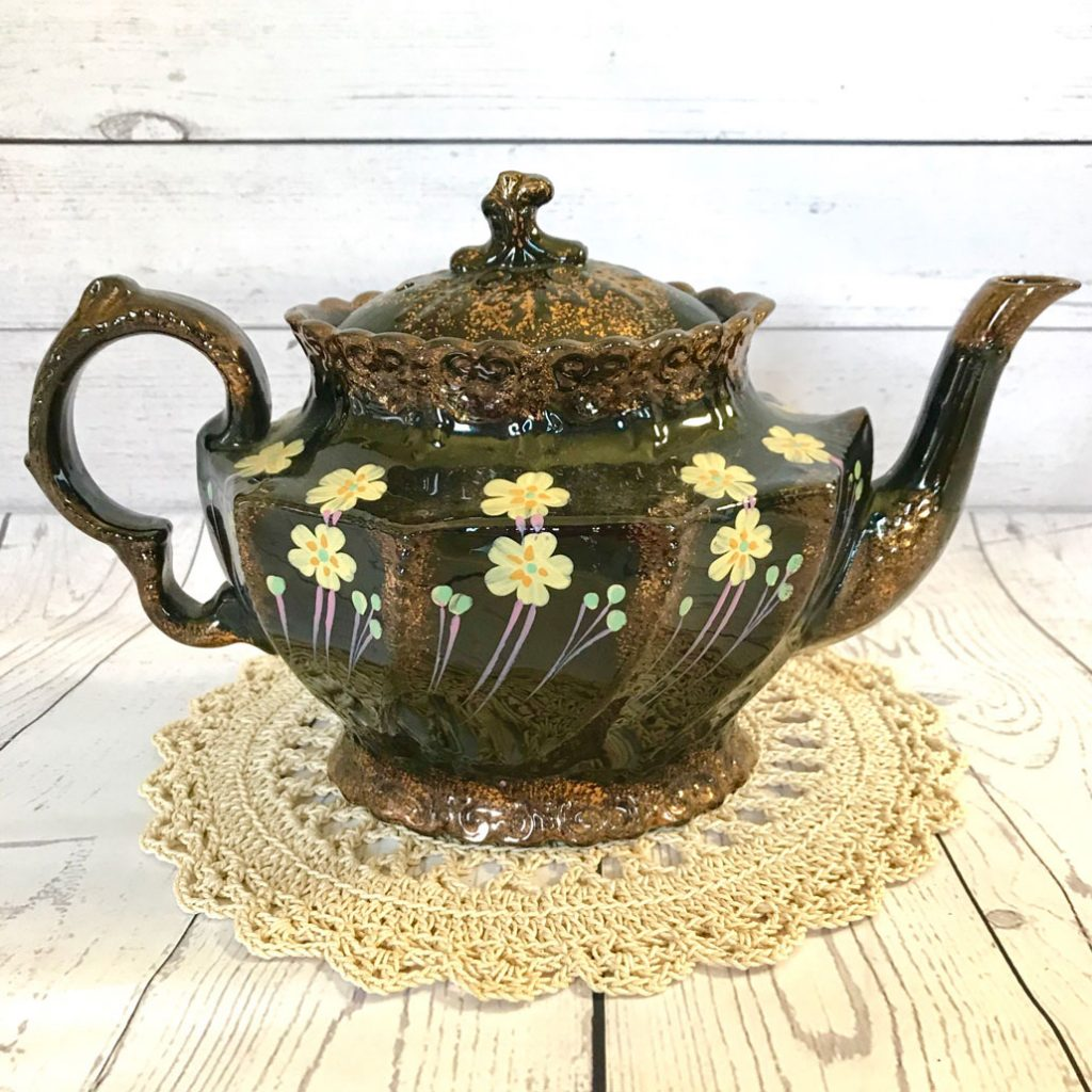 Wickstead's–Home-&-Living–Victorian-Jackfield-Hand-Painted-Primrose-Teapot-(2)