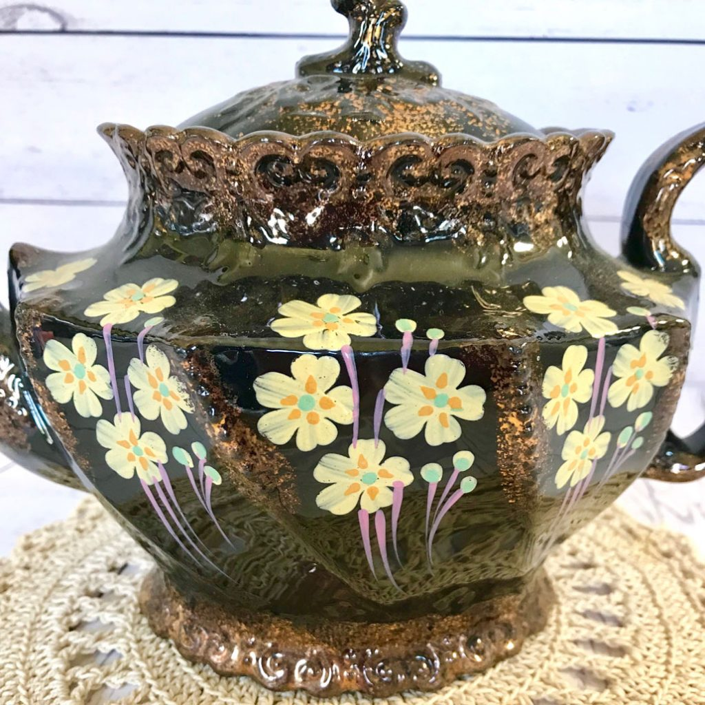 Wickstead's–Home-&-Living–Victorian-Jackfield-Hand-Painted-Primrose-Teapot-(6)