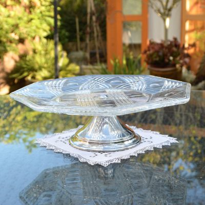 Wickstead's-Home-&-Living-Vintage-Clear-Pressed-Hexagonal-Glass-Pedestal-Cake-Stand-(2)
