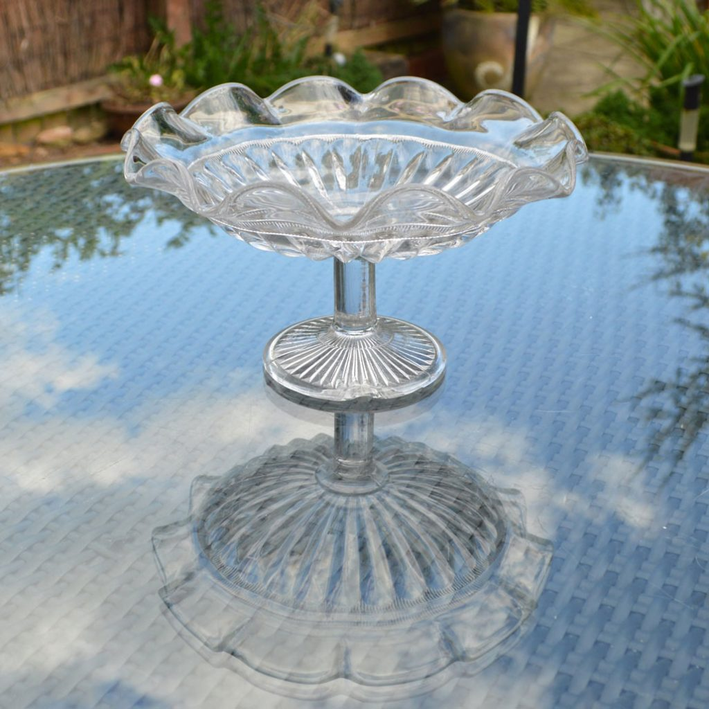 Wickstead's-Home-&-Living-Vintage-Clear-Pressed-Tazza-Glass-Pedestal-Cake-Stand-(3)