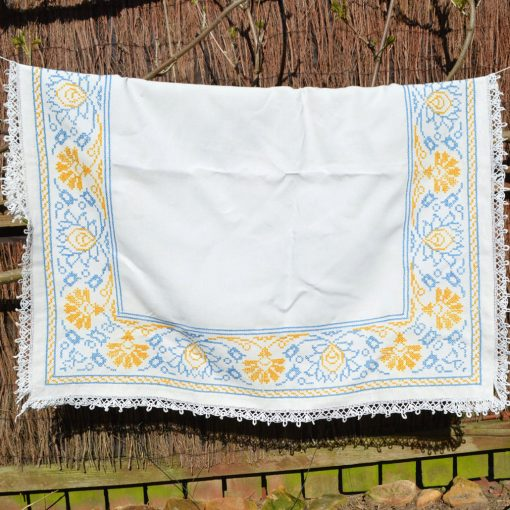 Wickstead's-Home-&-Living-Yellow-Blue-Cross-Stitch-Square-Tablecloth-(2)