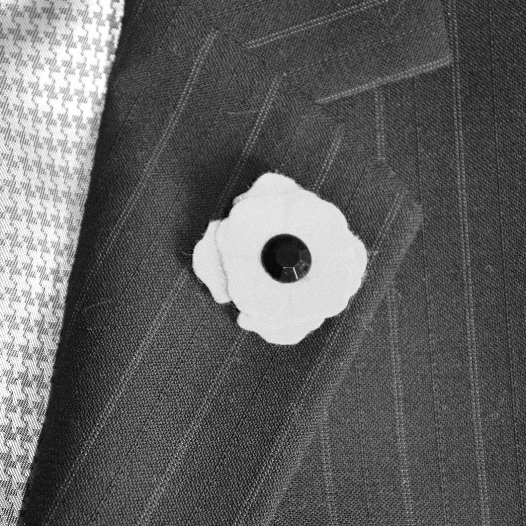 Wickstead's-Mr-Wickstead-Handmade-White-Poppy-Boutonnieres-Lapel-&-Tie-Pin-(1)