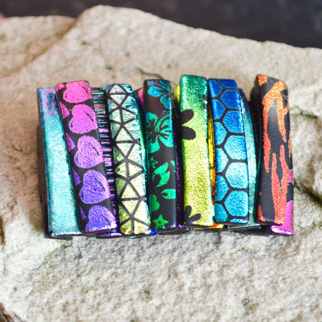 AWD-Large-Dichroic-Brooch-patterned-stripes-textured-(4)