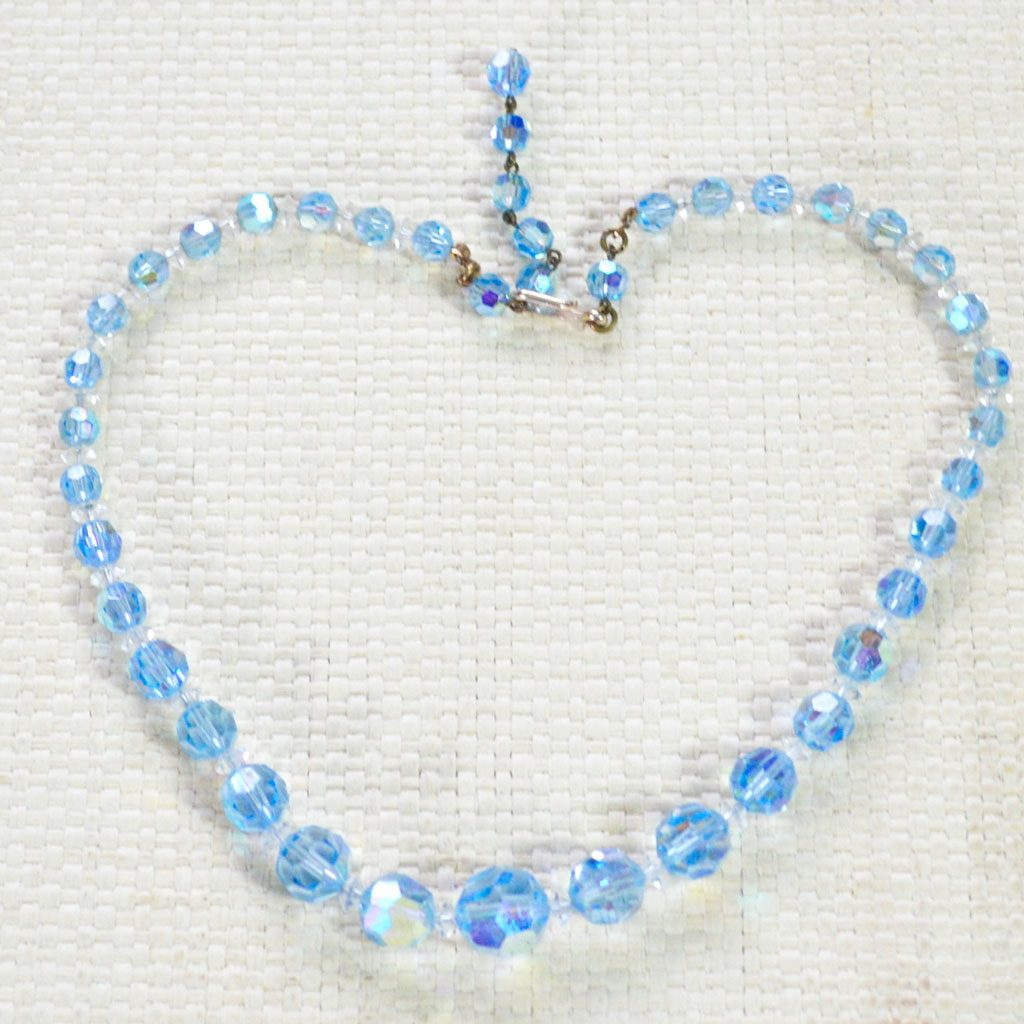 Blue-Crystals-Necklace-(1)