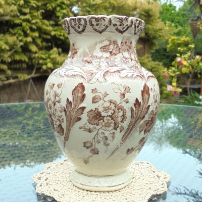 Brown-Aesthetic-Print-Clifton-Vase-(1)-