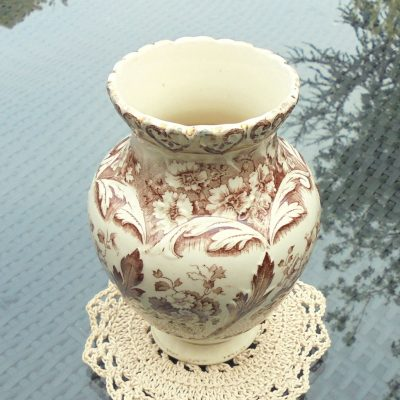 Brown-Aesthetic-Print-Clifton-Vase-(2)-