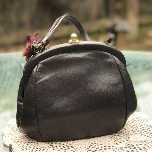 Brown-leather-Freedex-Handbag-(4)