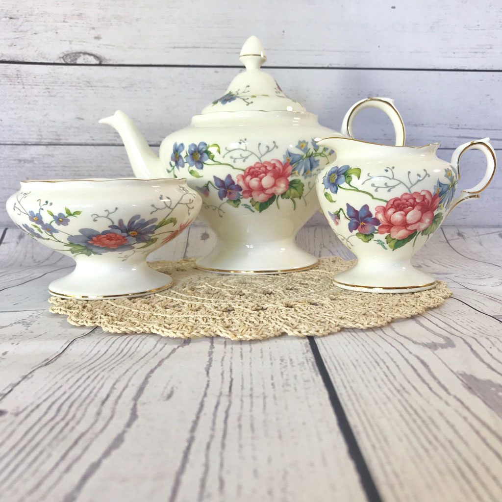 Crown-Staffordshire-England's-Glory-Teapot-Trio-(1)