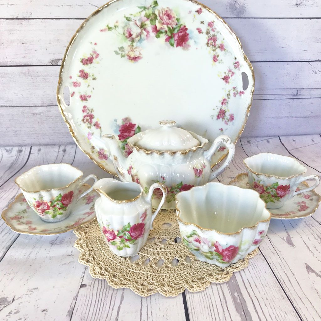 Home-&-Living-Tableware-Victorian-Tea-Set-on-Tray-(1)