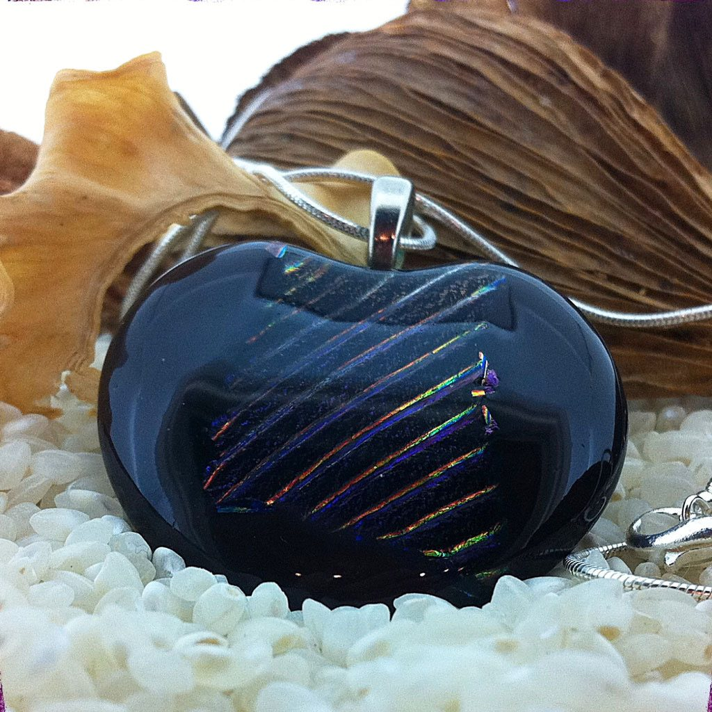 Large-Deep-Plim-with-rainbow-stripes-pendant-on-chain-(2)