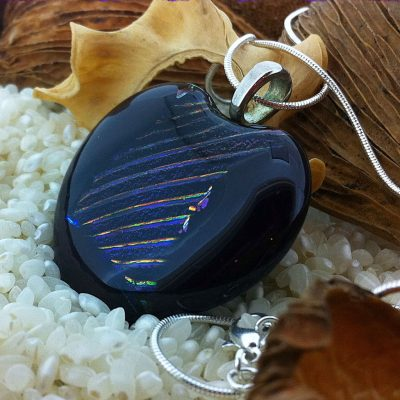 Large-Deep-Plim-with-rainbow-stripes-pendant-on-chain-(3)