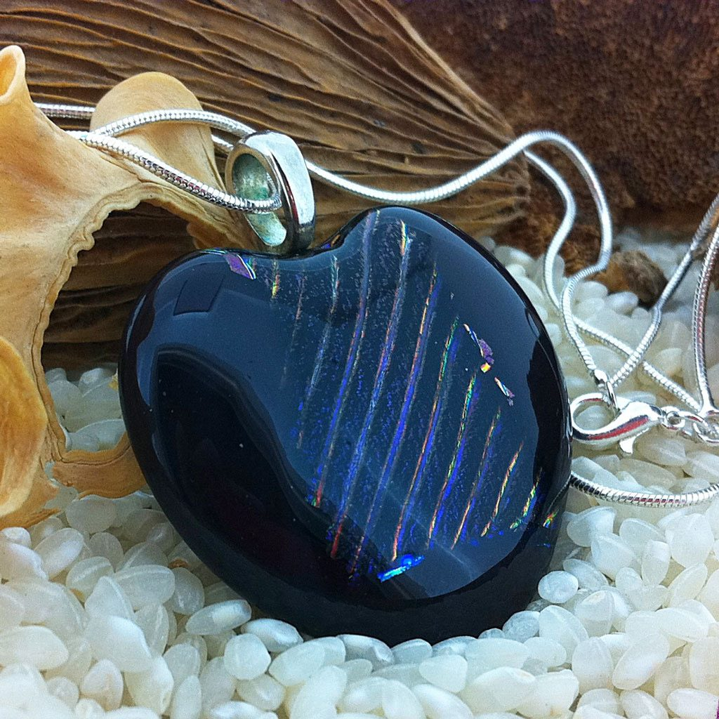 Large-Deep-Plim-with-rainbow-stripes-pendant-on-chain-(4)