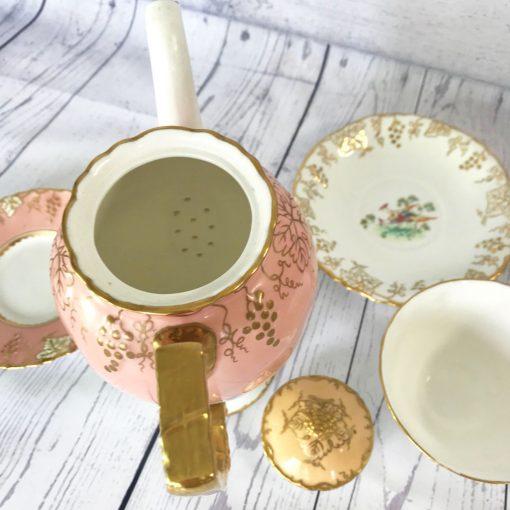 Royal-Crown-Derby-Grape-Vine-Coffee-Pot-(8)