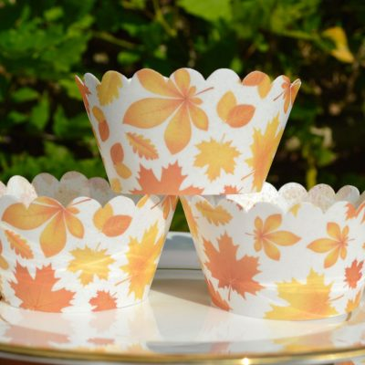 Wickstead's-Eat-Me-100%-Edible-Cupcake-Wrappers-Autumn-Leaves-Chintz-(1)