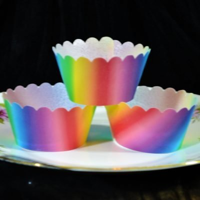 Wickstead's-Eat-Me-100%-Edible-Cupcake-Wrappers-Carnival-Rainbow-(1)
