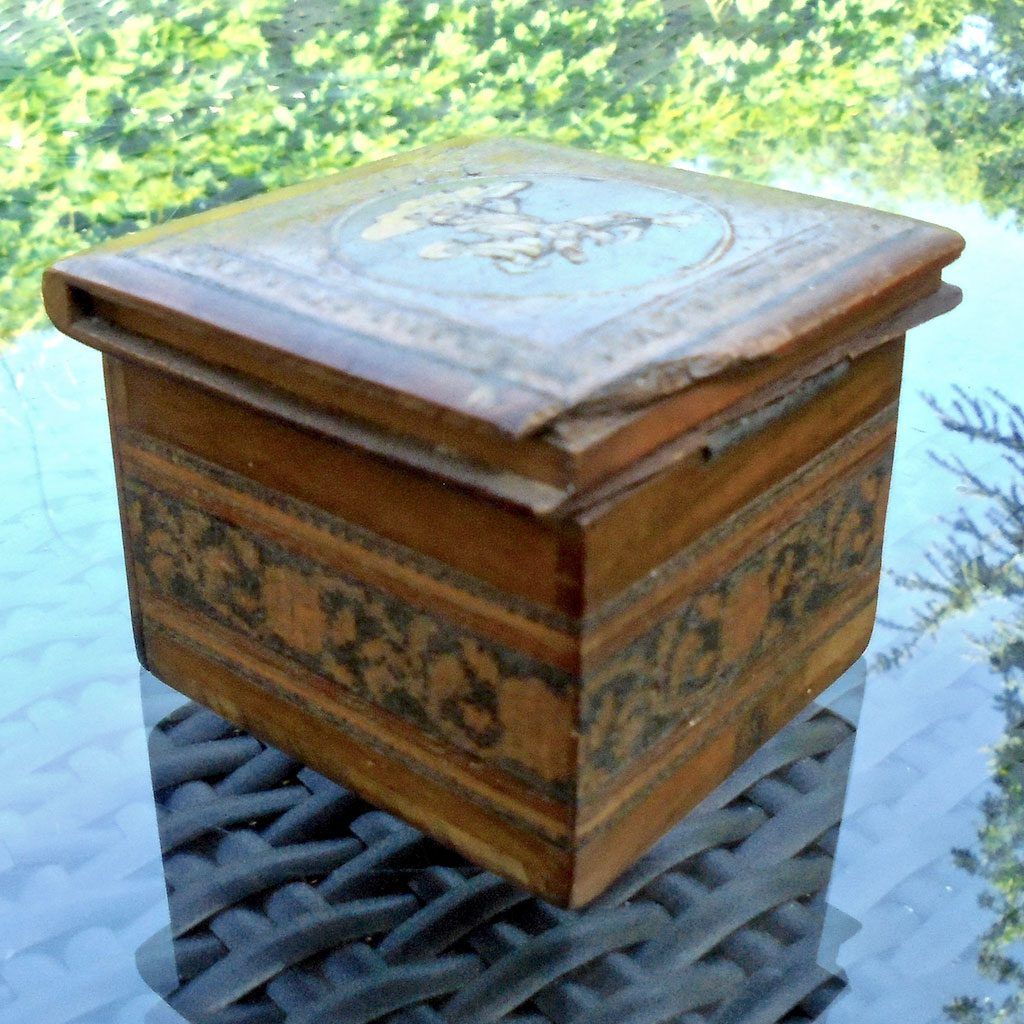 Wickstead's-Mr-Wickstead-Sorrento-Olive-Wood-Travel-Inkwell-Box-(4)