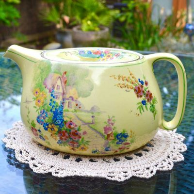 Wicksteads-Home-&-Living-Royal-Vintage-1930s-Cottage-Garden-Teapot-(1)-