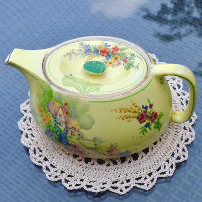 Wicksteads-Home-&-Living-Royal-Vintage-1930s-Cottage-Garden-Teapot-(3)-