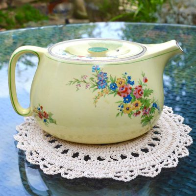 Wicksteads-Home-&-Living-Royal-Vintage-1930s-Cottage-Garden-Teapot-(4)-