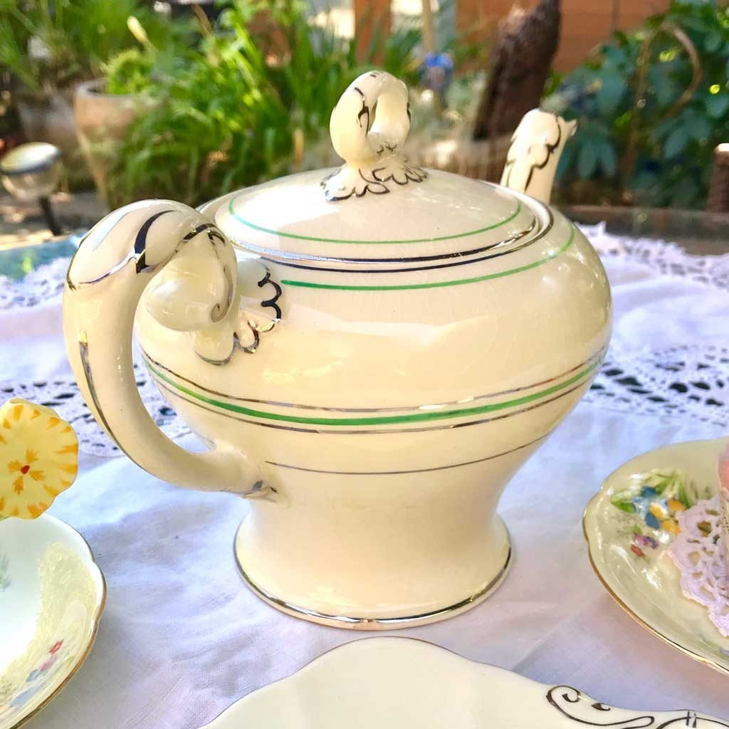Wicksteads-Home-&-Living-Teapot-1930s-CreamWare-(4)