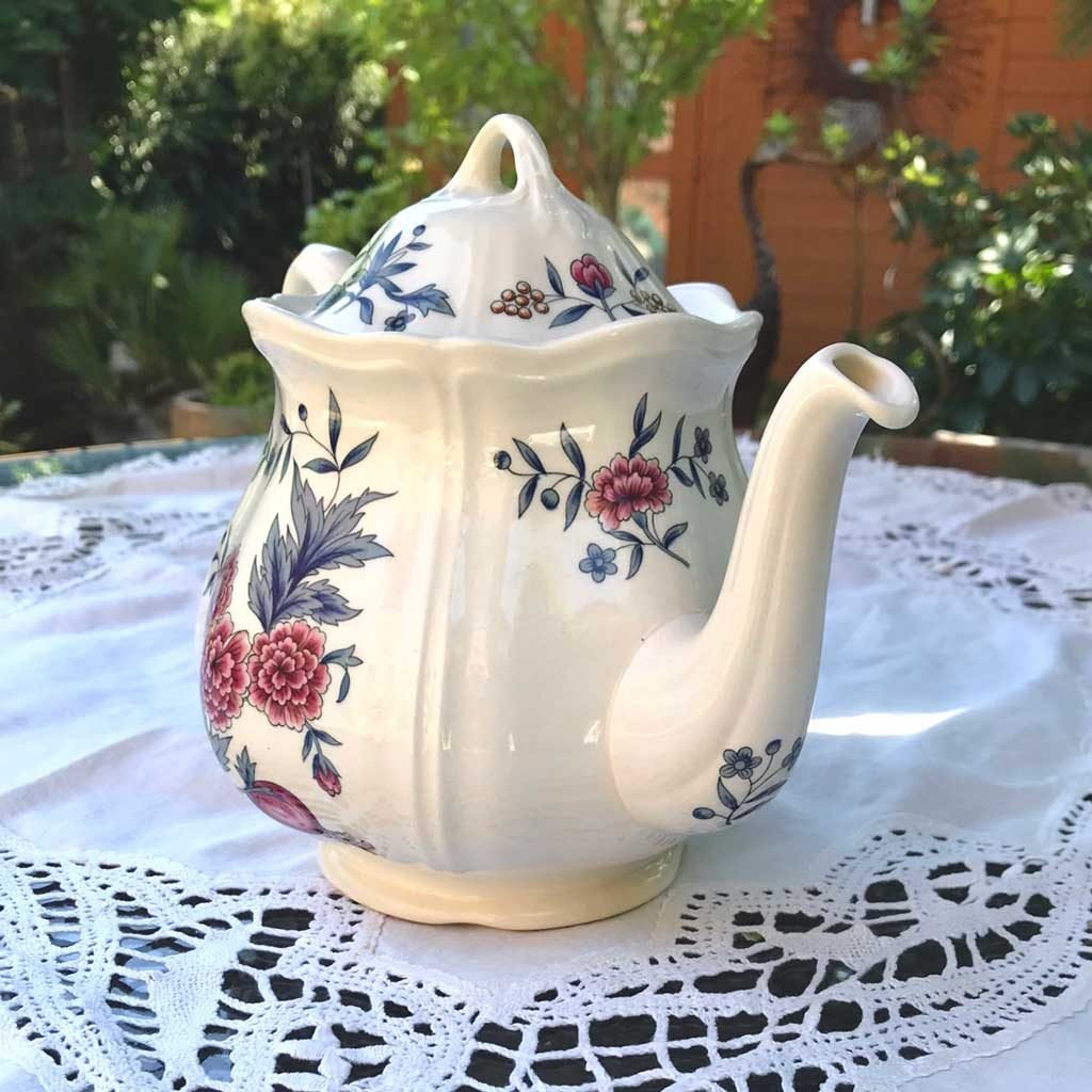 Wicksteads-Home-&-Living-Teapot-Wedgwood-Pot-Pourri-(4)