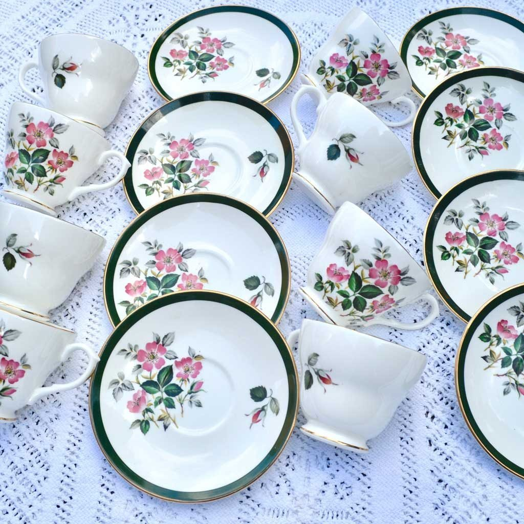 Wicksteads-Home-&-Living-Vintage-Cups-&-Saucers-Royal-Grafton-Wild-Briar-Rose-(1)