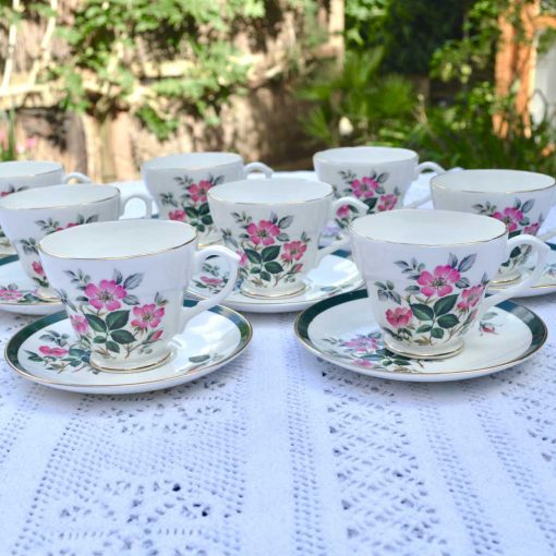 Wicksteads-Home-&-Living-Vintage-Cups-&-Saucers-Royal-Grafton-Wild-Briar-Rose-(5)