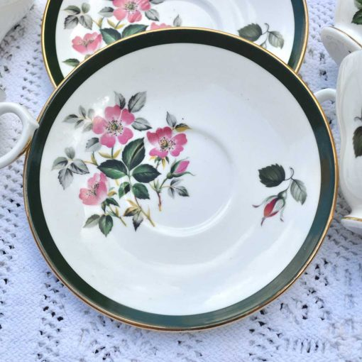 Wicksteads-Home-&-Living-Vintage-Cups-&-Saucers-Royal-Grafton-Wild-Briar-Rose-(6)