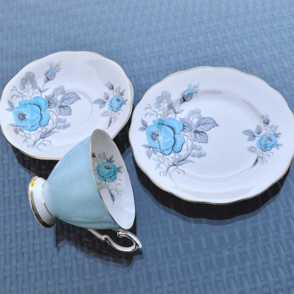 Wicksteads-Home-&-Living-Vintage-Teacups–Royal-Standard-Blue-Rose–(3)