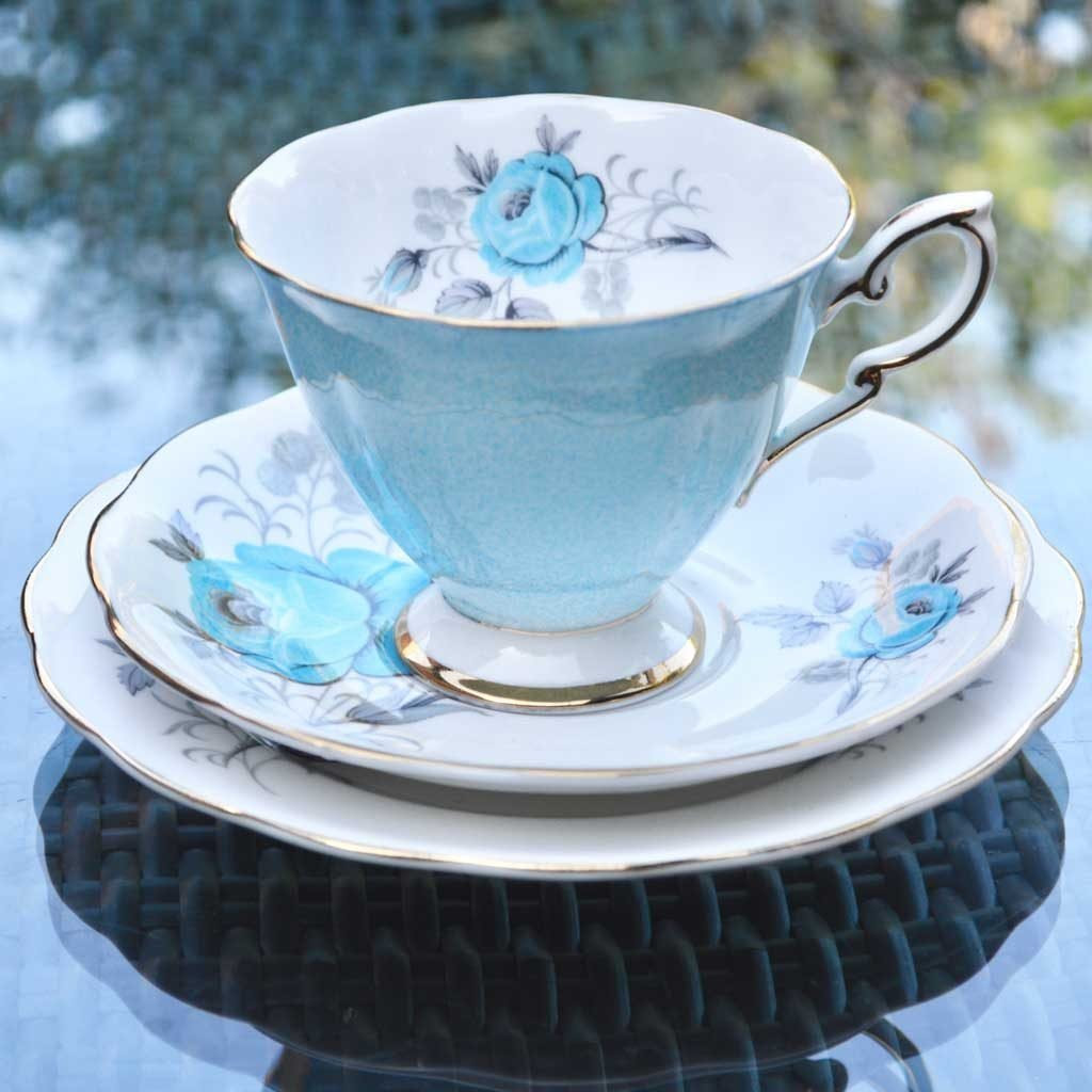 Wicksteads-Home-&-Living-Vintage-Teacups–Royal-Standard-Blue-Rose–(4)