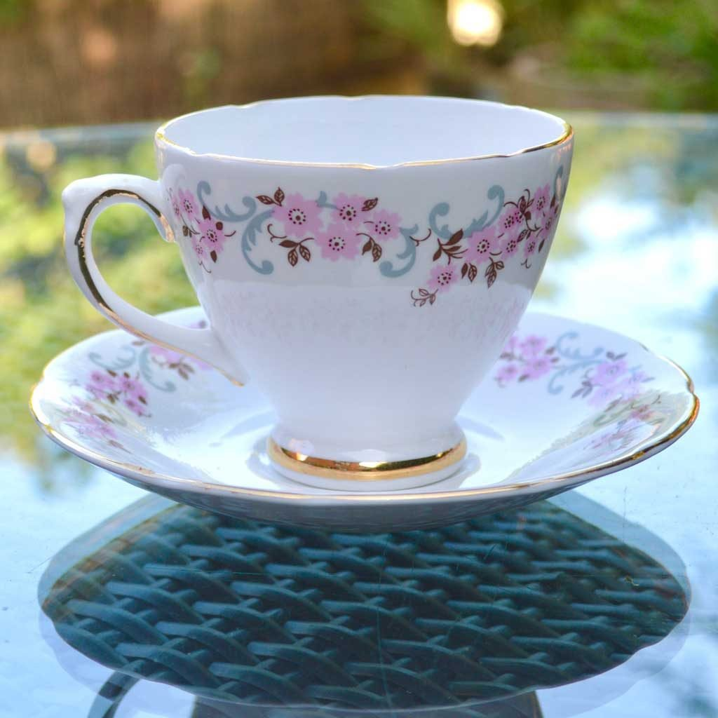 Wicksteads-Home-&-Living-Vintage-Teacups-Royal-Standard-Cherry-Blossom-(2)