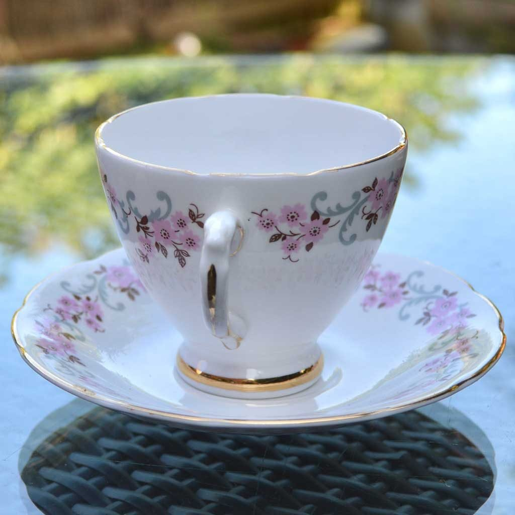Wicksteads-Home-&-Living-Vintage-Teacups-Royal-Standard-Cherry-Blossom-(3)