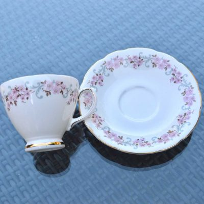 Wicksteads-Home-&-Living-Vintage-Teacups-Royal-Standard-Cherry-Blossom-(4)