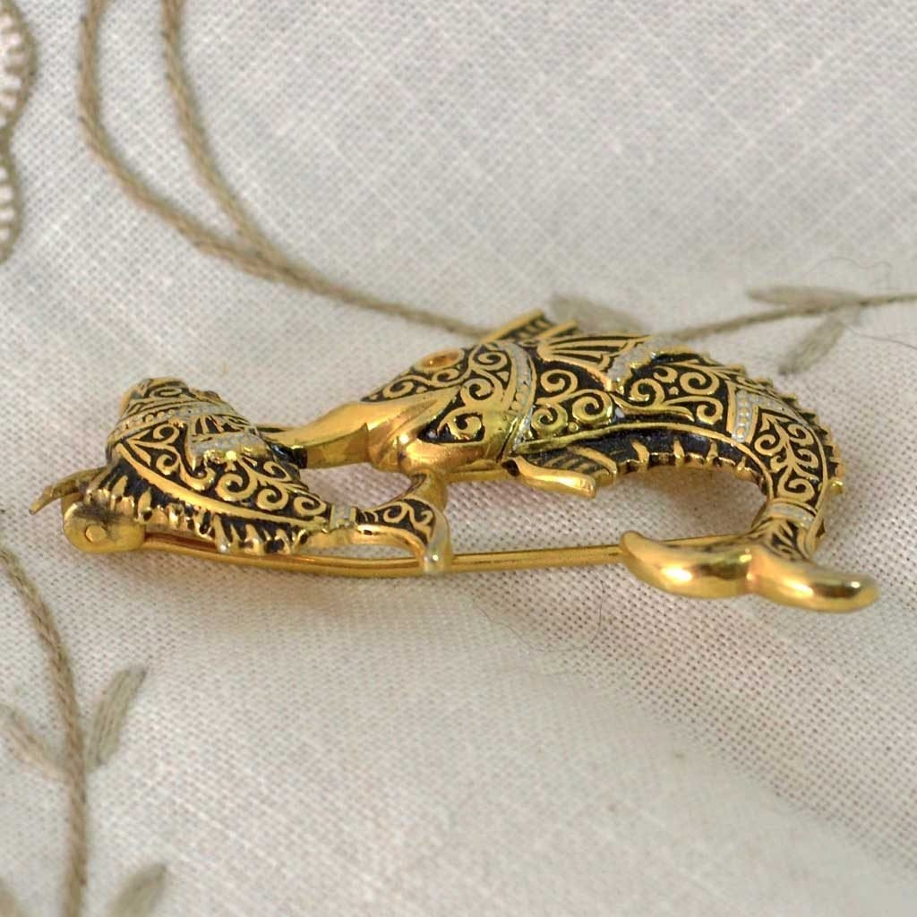 Wicksteads-Jewels-and-Treasures–Damascene-Brooch-Swordfish-(2)