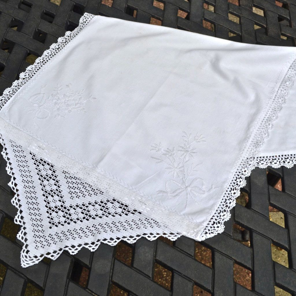 Wickstead's-Home-&-Living-Linen-and-Lace-Pillow-Case-Cushion-Cover-White-Embroidery—(1)