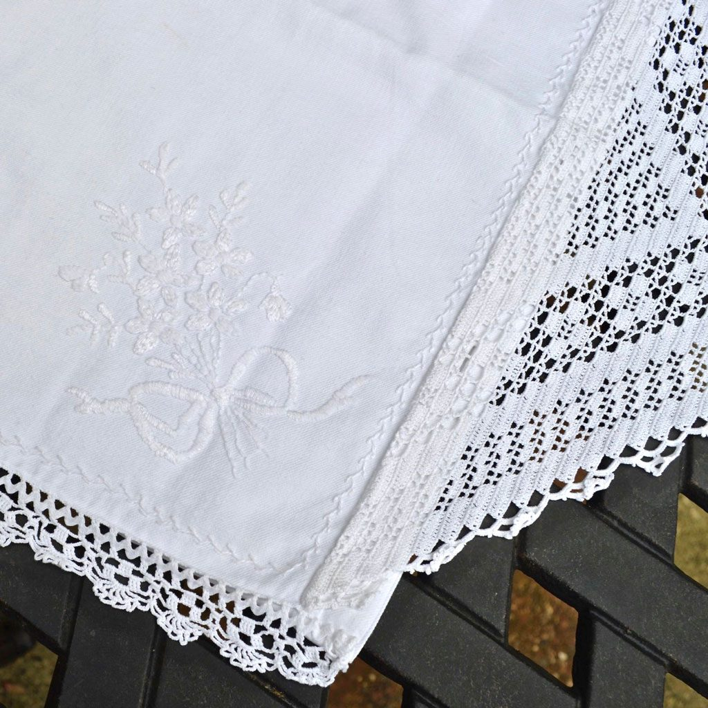 Wickstead's-Home-&-Living-Linen-and-Lace-Pillow-Case-Cushion-Cover-White-Embroidery—(2)