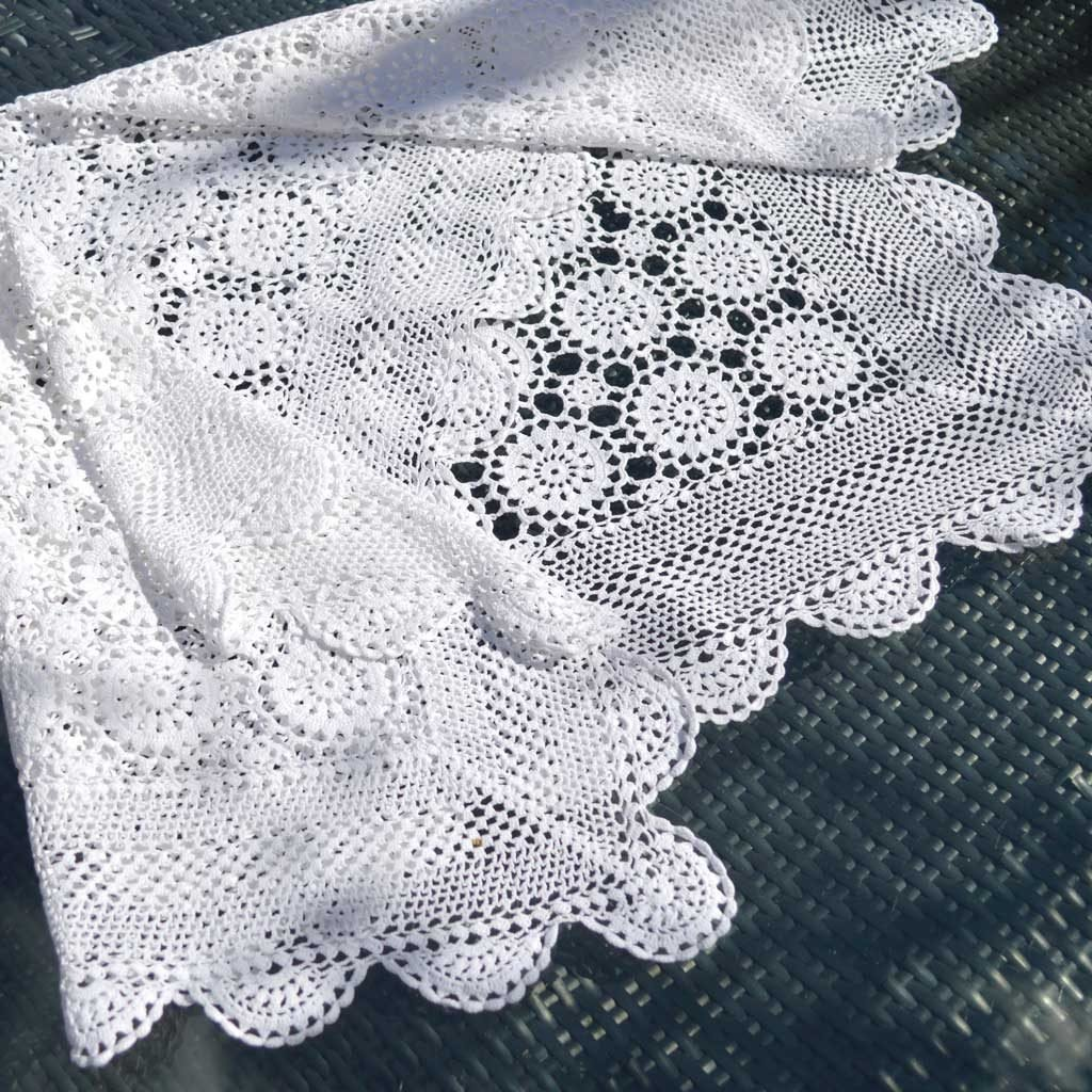 Wickstead's-Home-&-Living-Small-Square-White-Crochet-Tablecloth-(4)