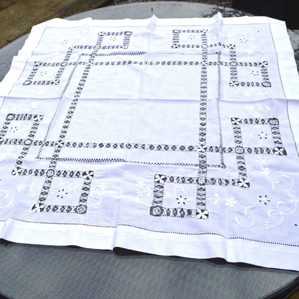 Wickstead's-Home-&-Living-Small-Square-White–Drawn-Thread-Workt-Tablecloth-(1)