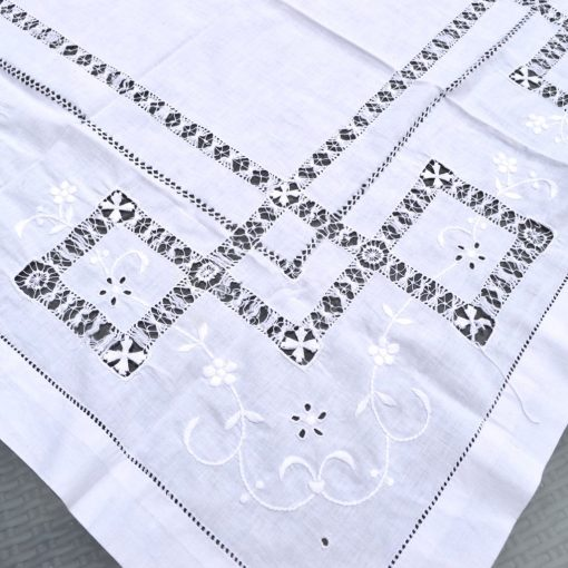 Wickstead's-Home-&-Living-Small-Square-White–Drawn-Thread-Workt-Tablecloth-(2)