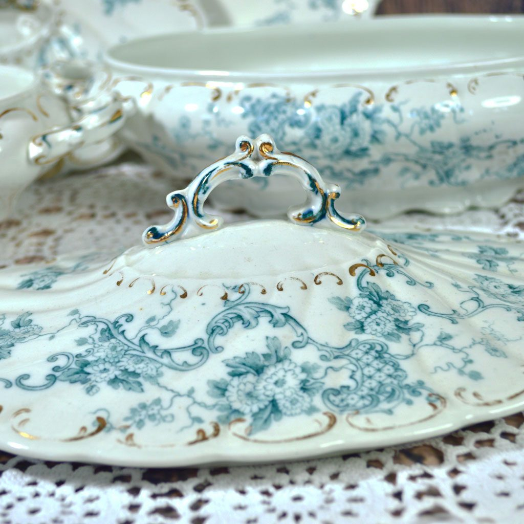 Wicksteads-Home-&-Living-Tableware-Antique-English-Tureens-&-Platter-Set-Blue-White-Floral-Florence-Pattern—(5)